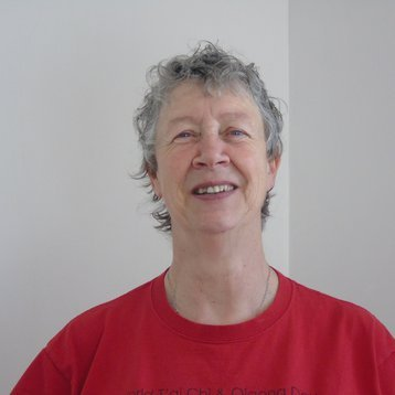 Instructor Pamela Hedge